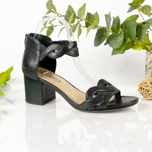 Via Spiga Black Leather Chunky Heel Braid Sandal